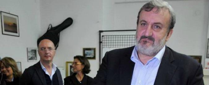 """Azione disciplinare contro Emiliano: """"Fa politica ma è ancora magistrato"""""""