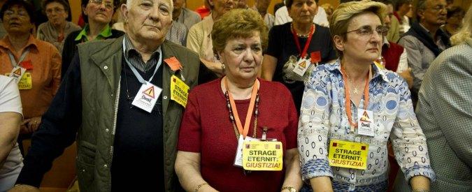 """Eternit, la Cassazione annulla la condanna. """"Reato prescritti"""". Stop ai risarcimenti"""