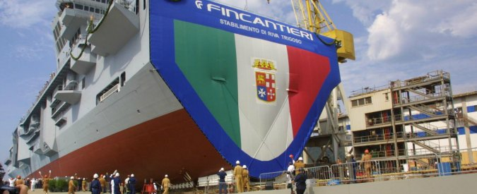 """Cavour bloccata al largo di Ortona. """"Governatore Abruzzo come Schettino"""""""