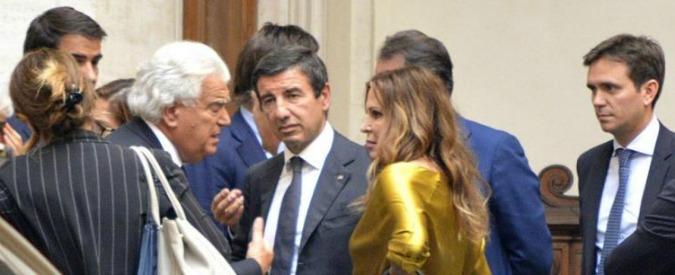 """Italicum, caos Forza Italia: """"Berlusconi rischia di finire in minoranza"""""""