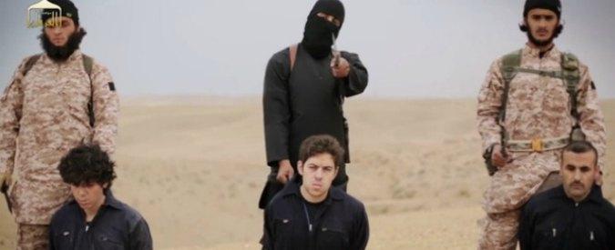 Isis, riconosciuti due boia: un francese convertito e uno studente gallese