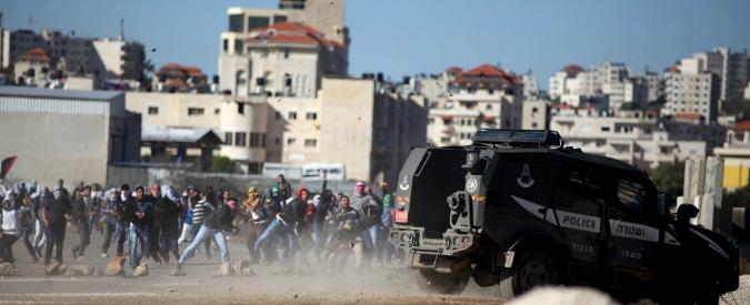 Israele, quattro israeliani accoltellati: muore un soldato e una 25enne