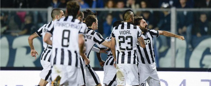 Empoli-Juventus, 0 a 2. Bianconeri a più 3 sulla Roma grazie a Pirlo e Buffon