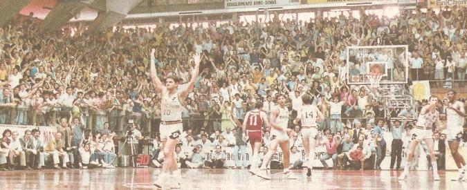 """Livorno-Milano, finale '89, l'arbitro Zeppilli: """"Troppo tardi, non era canestro"""""""