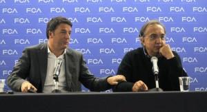 Matteo Renzi e Sergio Marchionne in conferenza a Detroit