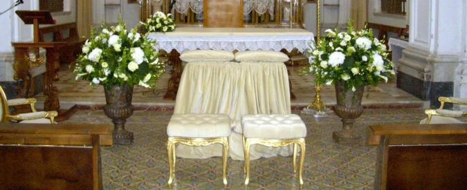 Sacramenti in vendita: 190 le nozze, 200 le sedie e 350 con coro. Ecco i tariffari
