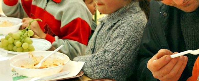 """Mense scolastiche care e troppo rumorose per i bambini. """"Costo medio di 728 euro a famiglia"""""""