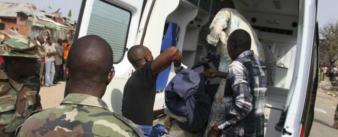 Nigeria, due donne kamikaze si fanno esplodere in un mercato. Oltre 45 morti