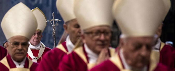 """Papa Francesco: """"Rivalità e vanagloria due tarli che indeboliscono la Chiesa"""""""