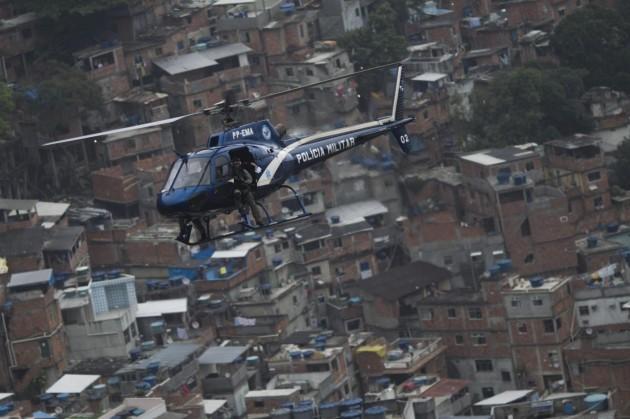 Operazioni della polizia nelle favelas