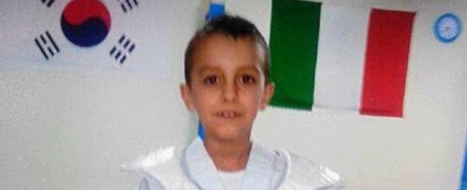 """Ragusa, morto bambino di 8 anni. Carabinieri: """"Non escluso omicidio"""""""