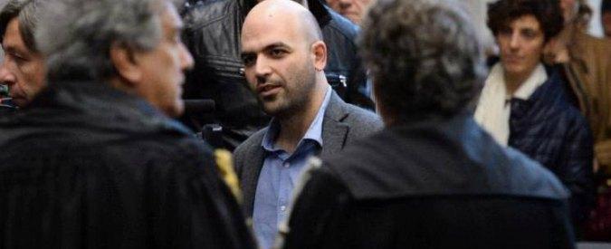 """Regionali, Saviano attacca De Luca e Pd """"Partito che non ha anima antimafia"""""""