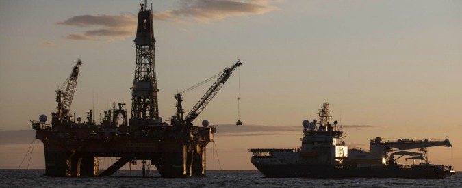 """Petrolio, calo dei prezzi costa a Russia """"tra 90 e 100 miliardi di dollari l'anno"""""""