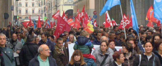 Livorno in crisi, sciopero di 3 ore. Rossi contestato. Pd e Cgil: 'Giunta M5s non c'è'