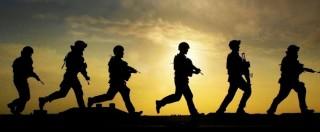 """Londra, colonnello: """"Le donne? In guerra sono inutili, non hanno istinto omicida"""""""