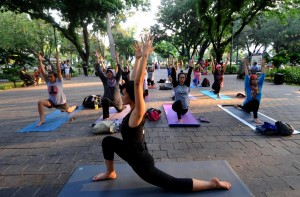 (WORLD SECTION) INDONESIA-JAKARTA-DAILY LIFE-YOGA