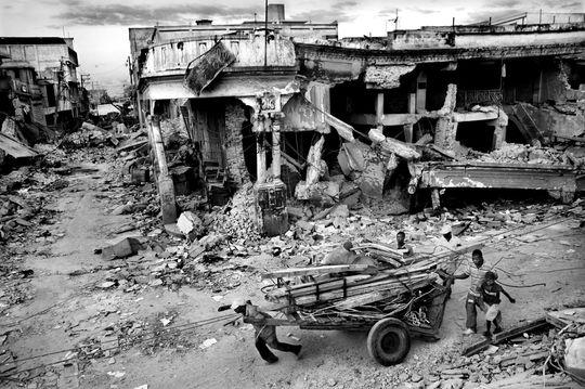 """© Riccardo Venturi, """"Haiti Aftermath"""""""