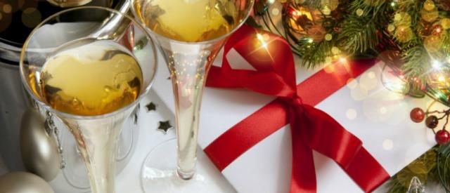 Cenone 2014: per Natale e Capodanno spenderemo di più rispetto all'anno scorso
