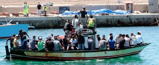 Immigrati, nuova tragedia: 17 morti su un barcone al largo di Lampedusa