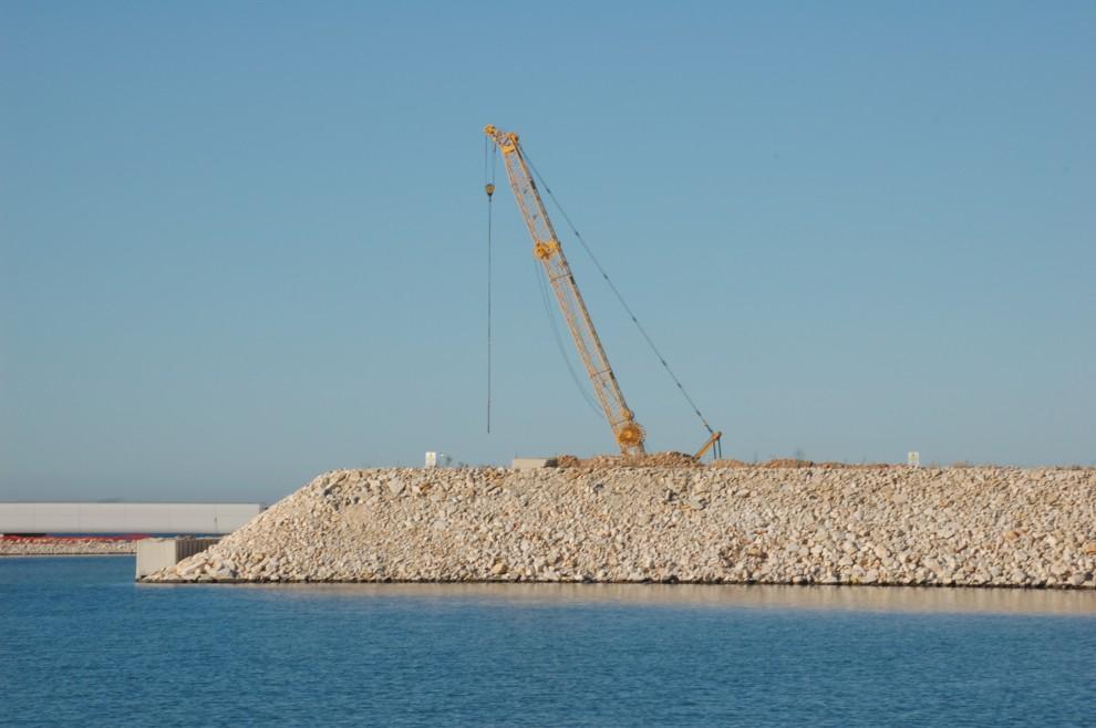 Molfetta, cantiere del nuovo porto