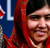 10 OTTOBRE – Malala Yousafzai, 17enne, attivista pakistana vittima della furia dei talebani che le avevano sparato alla testa senza riuscire ad ucciderla, viene insignita del Premio Nobel per la Pace insieme a Kailash Satyarthi, militante indiano per i diritti dell'infanzia