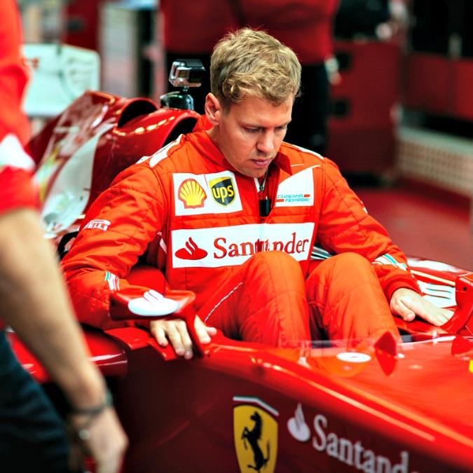 Ferrari, Sebastian Vettel in rosso. Primo weekend a Maranello