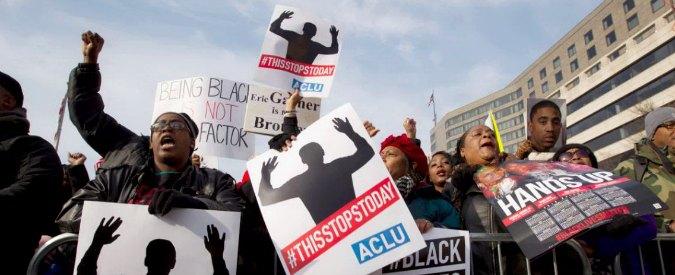 """Usa, in 10 mila in marcia a Washington: """"Basta neri disarmati uccisi da polizia"""""""