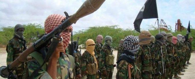 Kenya, estremisti di al-Shabaab uccidono 36 persone. Alcune decapitate