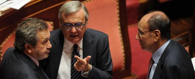 """Jobs act, Ncd: """"Delusi ma no a strappi"""". Sinistra Pd e sindacati: """"Cambiare norme"""""""