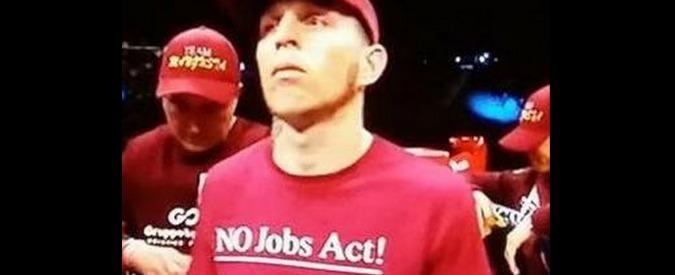 """Lenny Bottai, il pugile livornese sul ring di Las Vegas con la maglietta: """"No Jobs act!"""""""