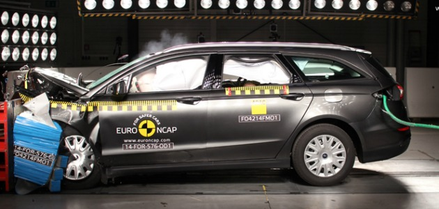crash test Ford Mondeo 2014