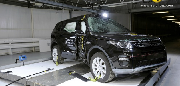 crash test Land Rover Discovery Sport 2014