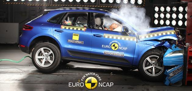 crash test Porsche Macan 2014