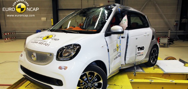 crash test smart forfour 2014