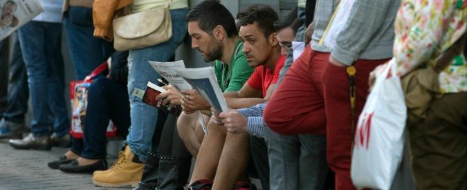Istat: 'Italiani più vecchi, più disoccupati e meno interessati alla politica'
