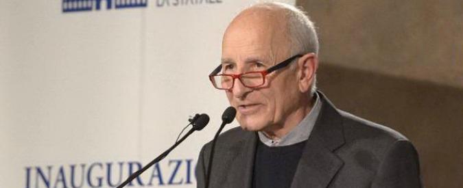 """Mimmo Lucano, don Rigoldi: """"Anche a me capita di forzare la legge. Unhcr: """"Simbolo dell'Italia che accoglie"""""""