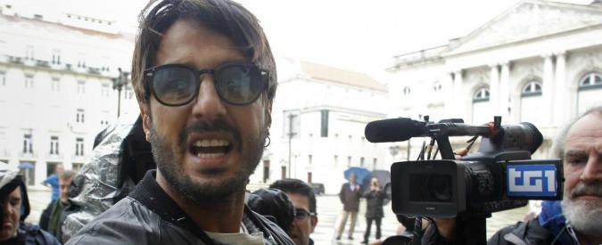 """Fabrizio Corona, l'ex """"re dei paparazzi"""" chiede grazia """"parziale"""" al Colle"""