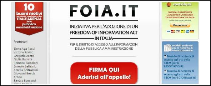 """Spending, richiesta di accesso al dossier Cottarelli. """"Nascosto a Palazzo Chigi"""""""
