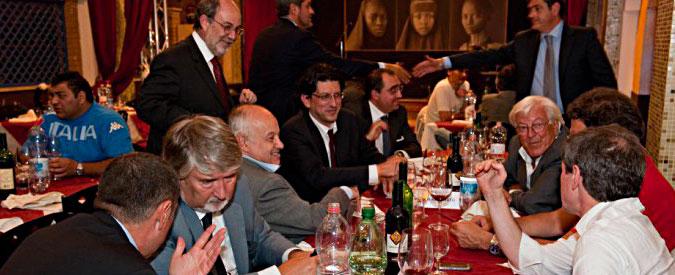 Mafia Capitale, in una foto di 4 anni fa tutti i protagonisti dell'indagine