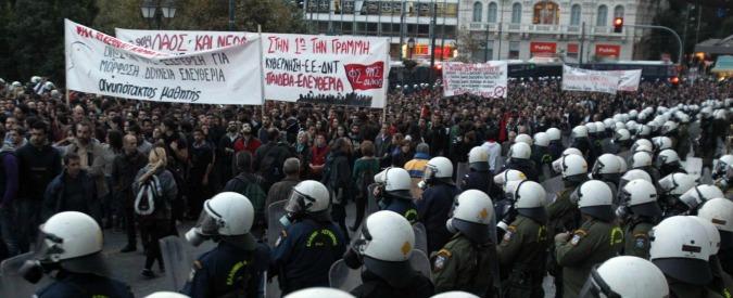 Grecia, governo offre alla troika quarto pacchetto di tagli a pensioni a welfare