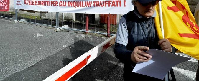 Scandalo case popolari di Asti, il mistero degli assegni intestati a Poste italiane