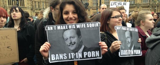 Londra, in 200 a Westminster per dire no alla censura di Stato nel porno