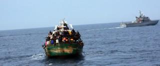 """Migranti, naufragio al largo della Libia: 52 superstiti. Due si salvano aggrappati a bidone. """"A bordo eravamo in cento"""""""