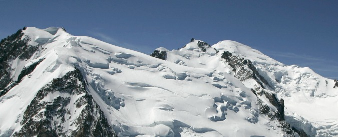 Monte Bianco, due gemelli francesi travolti e uccisi da una valanga