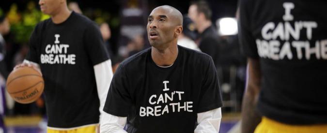 """Eric Garner, giocatori Nba indossano maglietta con scritto """"I can't breathe"""""""