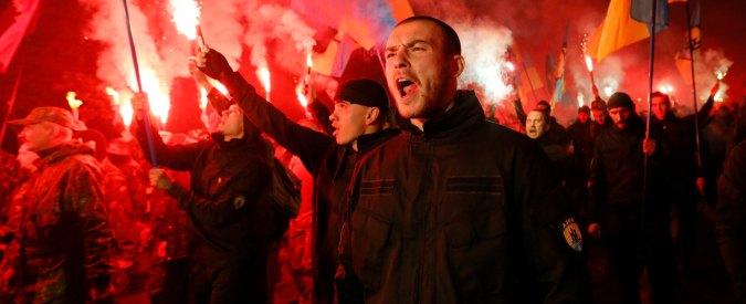 Varese, inneggiavano a Hitler in birreria: 22 neonazisti prescritti