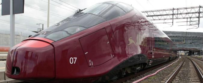 No Tav, blitz contro il treno Italo alla stazione di Roma Ostiense
