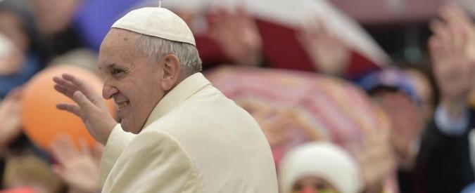 """Papa Francesco, a luglio 2015 esce film sulla sua vita e il """"giallo"""" del conclave"""