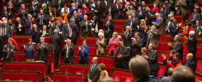"""Israele, Parlamento francese: """"Sì al riconoscimento dello Stato di Palestina"""""""