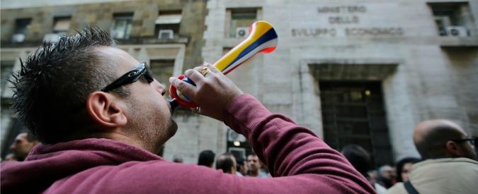 Livorno, vuole chiudere anche il call center People Care, rischiano in 450